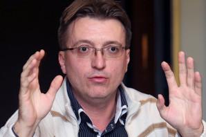 """""""Smena Hubača ANTICIVILIZACIJSKI ČIN"""" Reakcija kritičara i teatrologa na dešavanja U NARODNOM POZORIŠTU"""