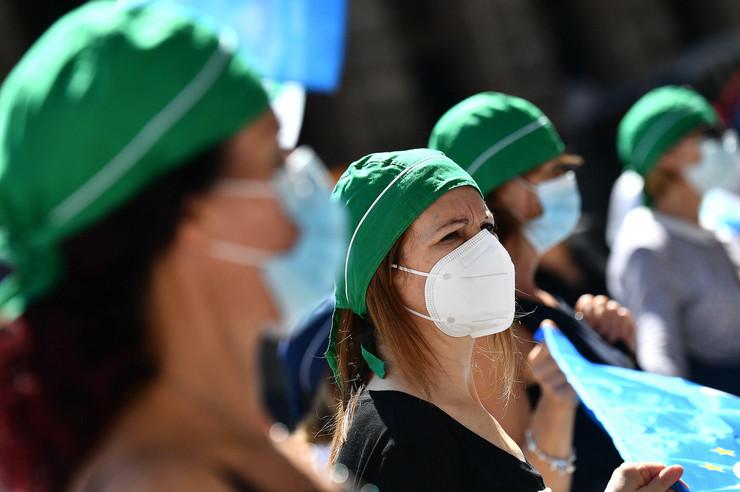 Protest medicinskog osoblja u Đenovi u junu