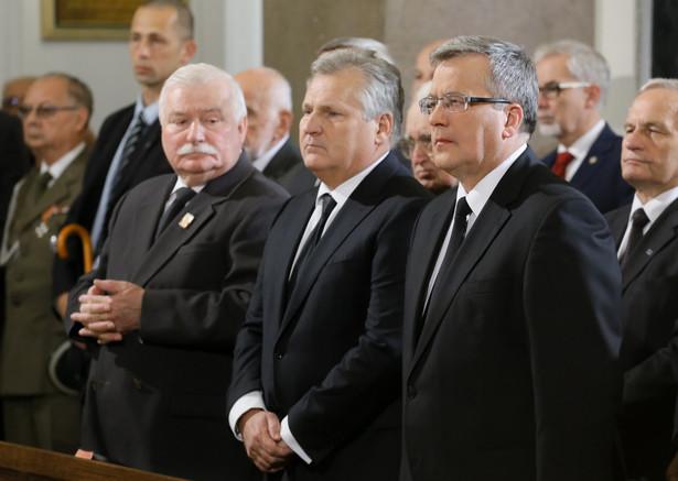 We mszy św. odprawianej w intencji zmarłego gen. Jaruzelskiego bierze udział trzech prezydentów PAP/Paweł Supernak