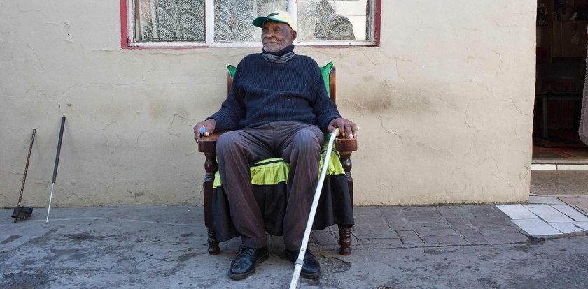 To prawdopodobnie najstarszy człowiek na świecie. Zgadnij, ile ma lat!