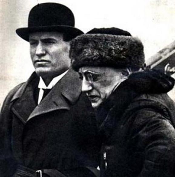 D'Anuncio i Benito Musolini