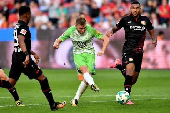 Blaščikovski postiže drugi gol za Volfzburg