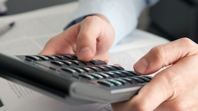 Pracownik kasyna musi zapłacić podatek od napiwków