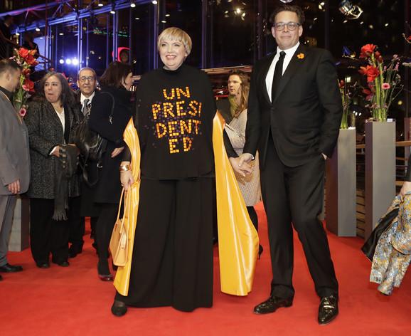 Politička poruka umesto toalete: Zamenica predsednika Bundestaga Klaudija Rot i nemački političar Konstantin fon Noc