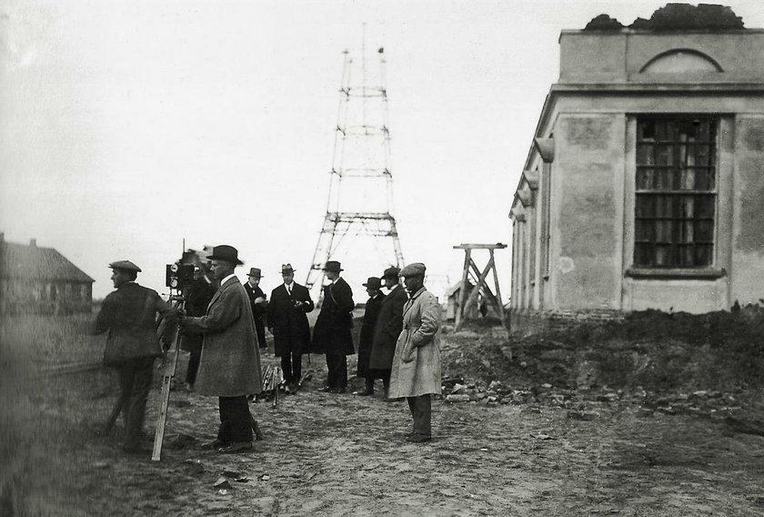97 lat temu zaczęła nadawać radiostacja Babice. Polski głos popłynął za ocean