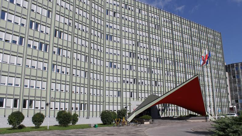 Urząd Wojewódzki informuje o wzroście wniosków o pozwolenie na pracę o 385 proc.