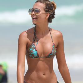 Sandra Kubicka w bikini. Ma się czym pochwalić?
