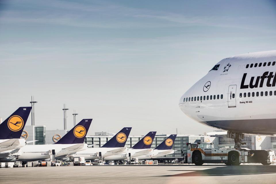 Obecne malowanie samolotów Lufthansy przed zmianami wprowadzanymi w 2018 roku
