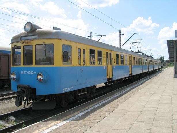 Zgodnie z projektem, samorządy będą mogły przejmować te linie lub odcinki linii, które nie mają znaczenia państwowego i nie są wykorzystywane przez Polskie Linie Kolejowe SA (PLK SA).