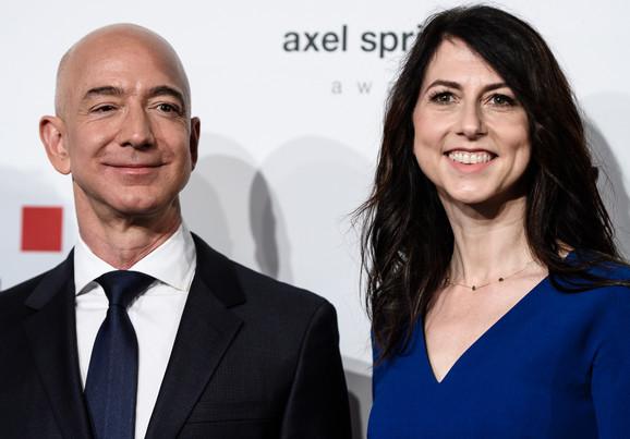 Jeff and McKenzie Bezos