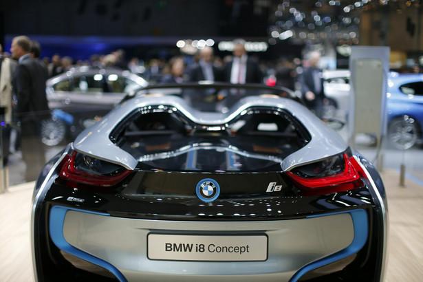 Koncerny motoryzacyjne w pogoni za klientem prześcigają się w nowinkach, by zwiększyć sprzedaż.