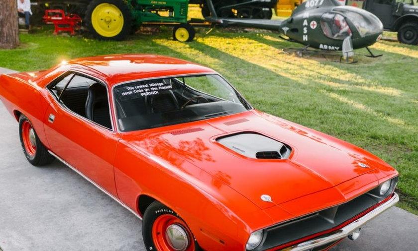 40-letnie auto z przebiegiem 130 km na sprzedaż