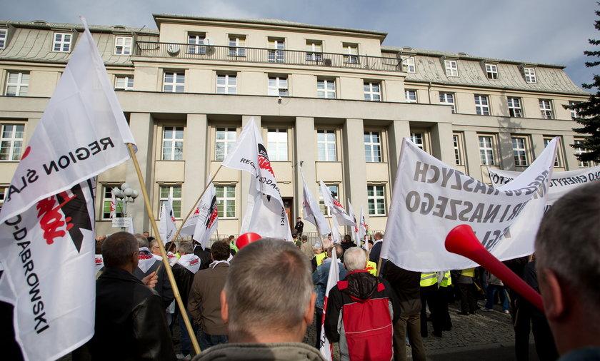 Demonstracja emerytowanych górników