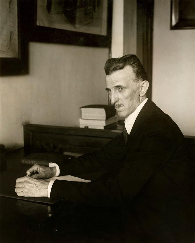 Nikola Tesla je veoma vodio računa kakvo odelo oblači