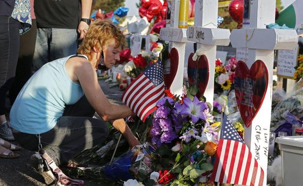 W sumie od 2007 r. – daty pamiętnej masakry w Virginia Tech (32 ofiary śmiertelne) – sprawcy 10 największych zbiorowych zabójstw zastrzelili z AR-15 ponad 230 osób