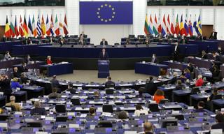 PE pozwie KE za niestosowanie rozporządzenia ws. mechanizmu warunkowości w budżecie UE