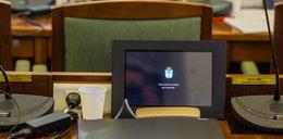 Radni mają nowe maszynki do głosowania