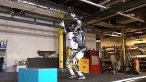 Atlas - dwunożny robot Boston Dynamics umie już zrobić... salto w tył