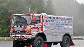Ulepszona ciężarówka Hino na Dakar 2012