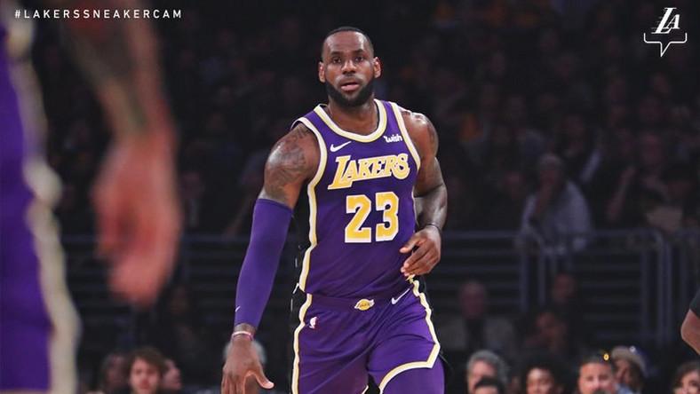 5ef90d179d26 LeBron James passes Michael Jordan in NBA all-time scoring as Lakers ...