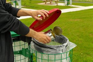 Opłaty za odpady: Ustawa śmieciowa ściągnęła oszustów