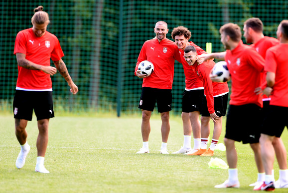 Fudbalska reprezentacija Srbije na treningu u četvrtak