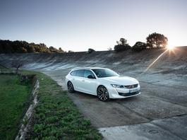 Peugeot 508 HYbrid i 3008 HYbrid4 Plug In – hybrydy to nie tylko Toyota