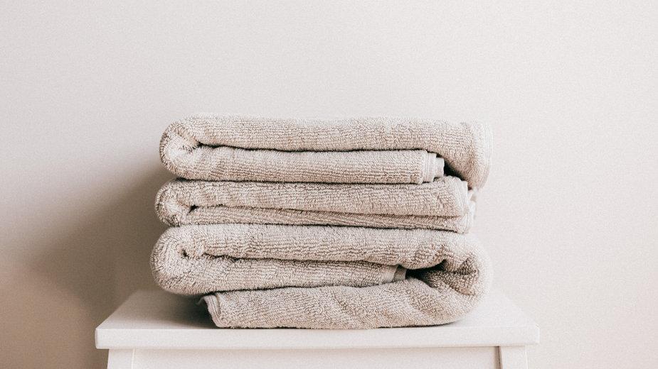 Sposób na zszarzałe ręczniki