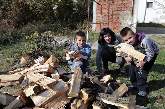 Slavica je digla kredit i nabavila šporet i drva za zimu