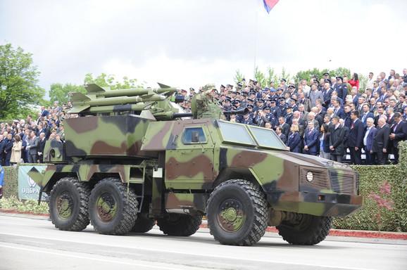 Vojska će dobiti i nova vozila