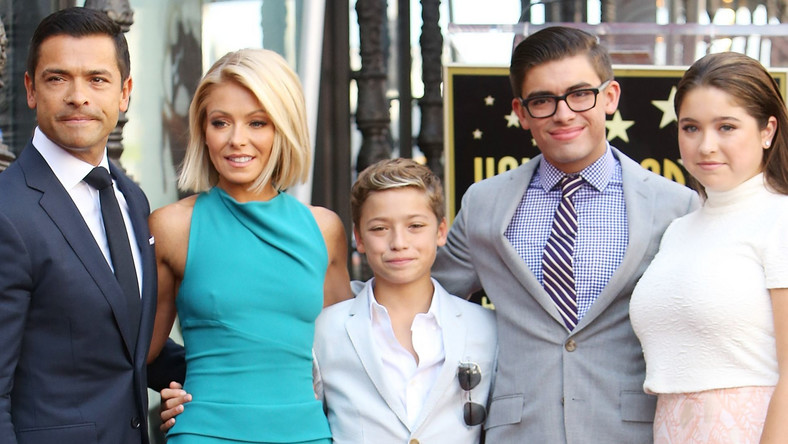 Who Are Kelly Ripa And Mark Consuelos' Children?