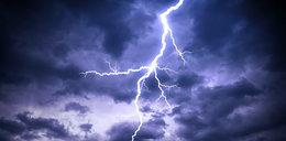 Policz, gdzie jest burza. Przeczytaj, jak przetrwać, by nie stracić zdrowia