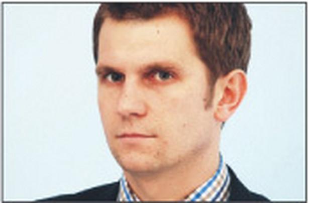 Konrad Płochocki, prawnik, specjalizuje się w zabezpieczeniach finansowych na nieruchomościach