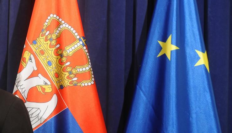 zastave srbija evropska unija04 foto O. Bunic