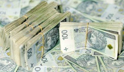 PiS umie pożyczać! Dług Polski przekroczył granicę