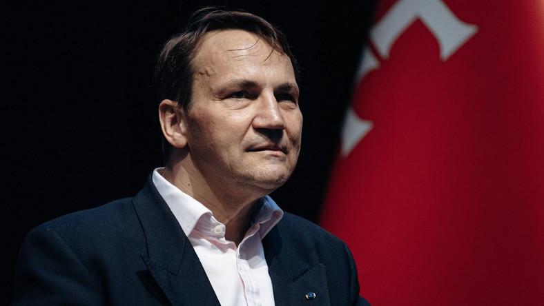 Radosław Sikorski rząd