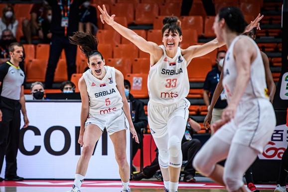 MA, MOŽETE DA IH KRADETE KOLIKO HOĆETE! Košarkašice Srbije eliminisale prvaka Evrope uz neviđenu bruku sudija!