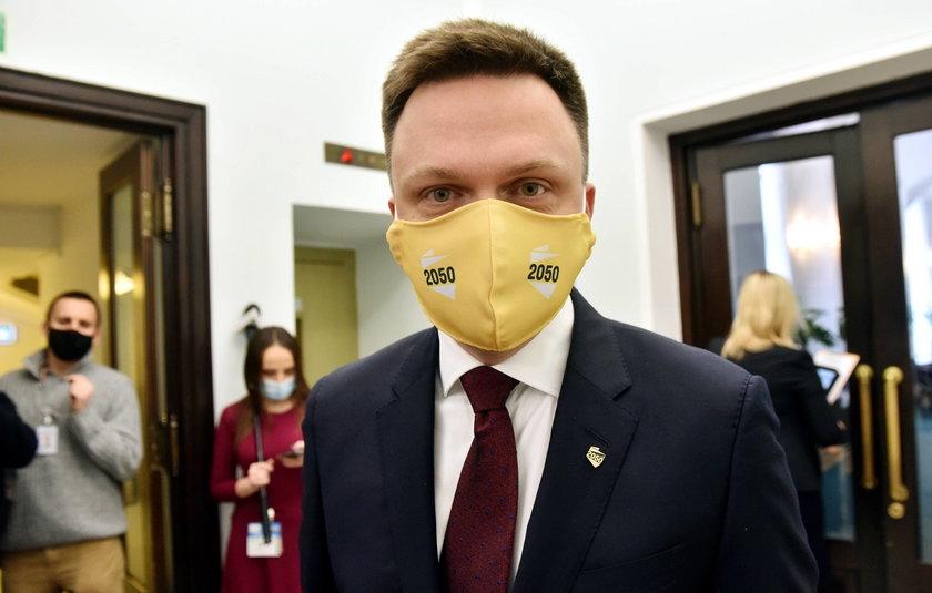 """Szymon Hołownia zaszczepiony. """"Upewniłem się jeszcze wczoraj..."""""""