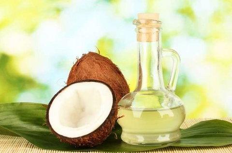 Coconut Oil helps in keeping your breath fresh [wapgospel]