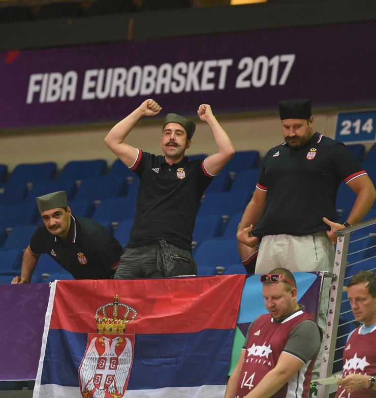 Košarkaška reprezentacija Srbije, Košarkaška reprezentacija Letonije