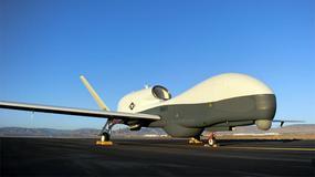 MQ-4C Triton - największy dron na świecie wchodzi do służby