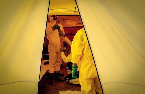 Według służb sanitarnych Hiszpanii 9-procentowy spadek liczby infekcji w ciągu minionej doby nie oznacza, że epidemia w tym kraju osiągnęła swój szczyt.