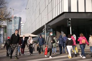 Niemcy: Łagodzenie restrykcji wobec w pełni zaszczepionych i ozdrowieńców