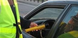 Udawał że śpi aby uniknąć kary za jazdę po pijaku