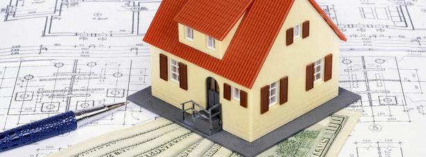 W konsekwencji obniżania stóp procentowych przez RPP rośnie bowiem zdolność kredytowa potencjalnych nabywców mieszkań.