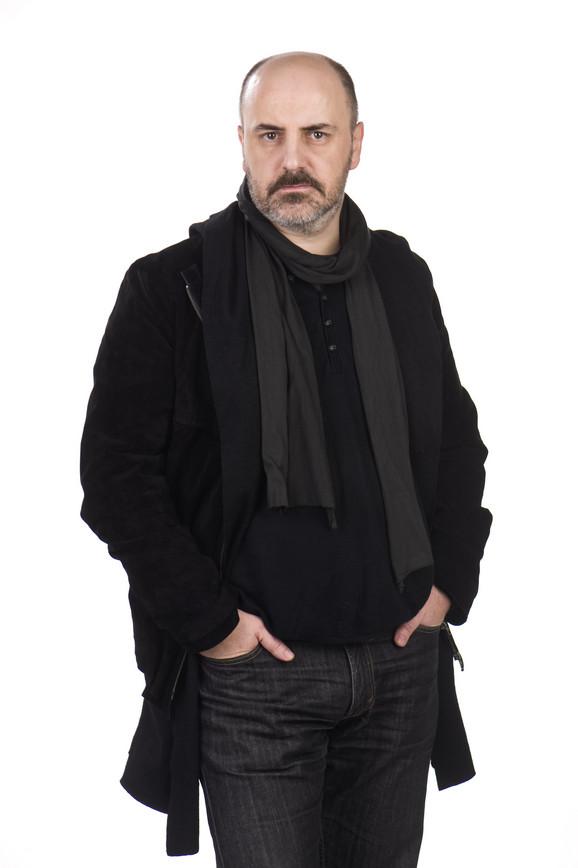 Kokan Mladenović sprema pozorišnu adaptaciju