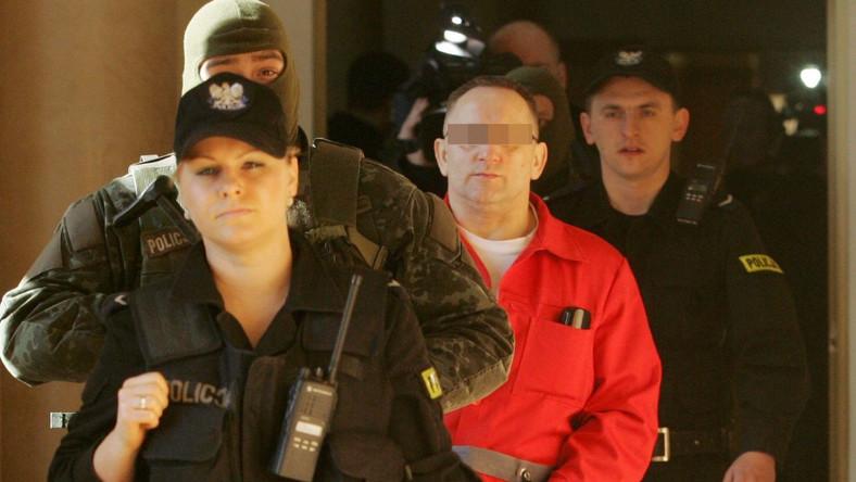 Gangster oskarżony w sprawie zabójstwa generała Marka Papały zażąda odszkodowania?