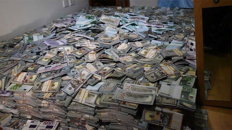 Fake foreign cash totalling Ksh1 billion that was recovered in Kenya