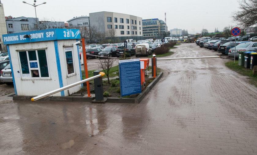 Nowe miejsca parkingowe na poznańskim Chwaliszewie