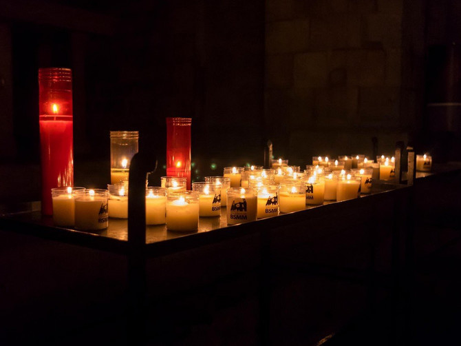Sekta koja ima sve VEĆI BROJ PRISTALICA: Velike zvezde idu u OVU crkvu, ali naročito šokira KAKO IZGLEDAJU SVEŠTENICI